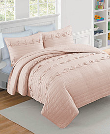 CLOSEOUT! Penelope 3-Piece Full/Queen Quilt Set