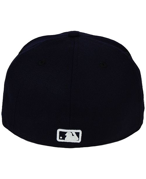 42bbe695f40 New Era Toronto Blue Jays C-Dub Patch 59FIFTY Fitted Cap   Reviews ...