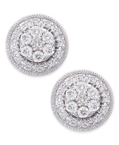 Diamond Cluster Round Stud Earrings (1/2 ct. t.w.) in 14k White Gold
