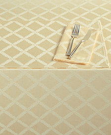 "Lenox Laurel Leaf 70"" x 144"" Tablecloth"