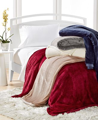 Blankets and Throws - Macy's