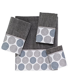 Avanti Dotted Circles Fingertip Towel