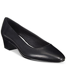 Easy Street Prim Kitten Heel Pumps