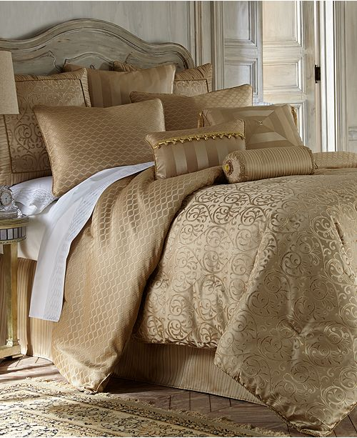 Waterford Reversible Anya California King 4-Pc. Comforter Set