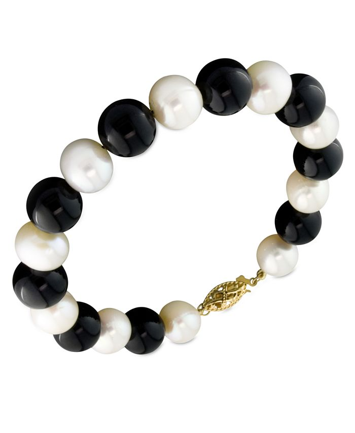 Macy's - Cultured Freshwater Pearl (7-1/2-8-1/2mm) and Onyx (8mm) Bracelet in 14k Gold