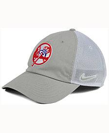 Nike New York Yankees Dri-Fit Mesh Swoosh Adjustable Cap
