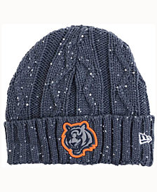New Era Women's Chicago Bears Frosted Cable Knit Hat