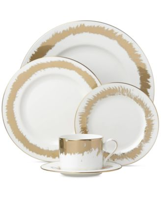 Casual Radiance Collection 5-Piece Place Setting