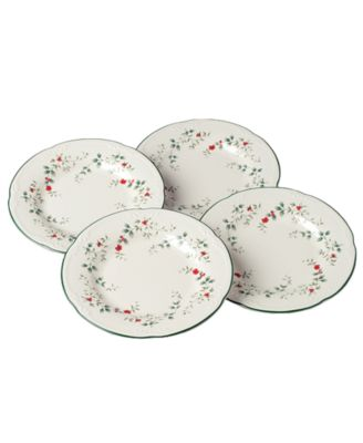 Set of 4 Winterberry Dinner Plates