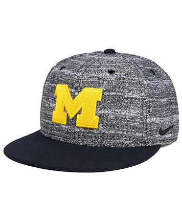 Image 1 of Nike Michigan Wolverines Col True Heathered Snapback Cap