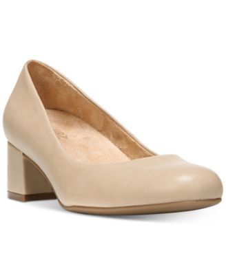 Image of Naturalizer Donelle Pumps