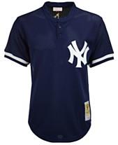 b0ca62f69 Mitchell & Ness Men's Mariano Rivera New York Yankees Authentic Mesh  Batting Practice V-Neck