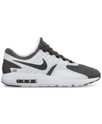 mens nike air max running shoes finish line