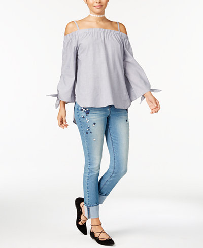 7 Sisters Juniors' Off-The-Shoulder Top & Black Daisy Cuffed Jeans