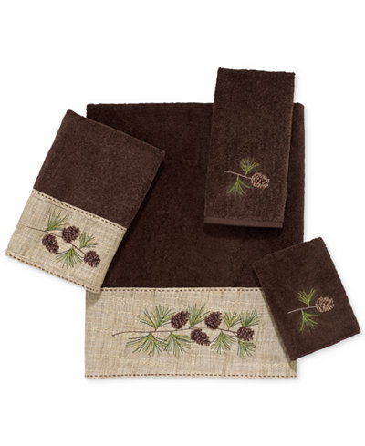 Avanti Pine Branch Cotton Embroidered Fingertip Towel
