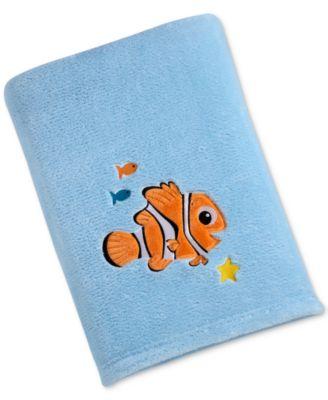 Finding Nemo Embroidered Appliqué Plush Blanket