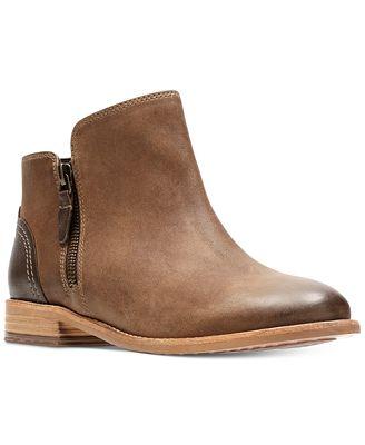 Clarks Maypearl Juno Ankle Bootie(Women's) -Mahogany Suede/Nubuck