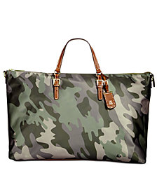 Tommy Hilfiger Julia Camo Extra-Large Weekender