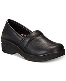 Easy Works By Easy Street Lyndee Slip Resistant Clogs