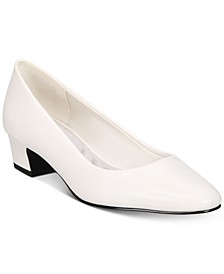 Prim Kitten Heel Pumps