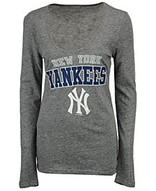 5th & Ocean Women's New York Yankees Glitter Long Sleeve T-Shirt