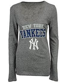 5th & Ocean Women's New York Yankees Glitter Long Sleeve T-Shirt