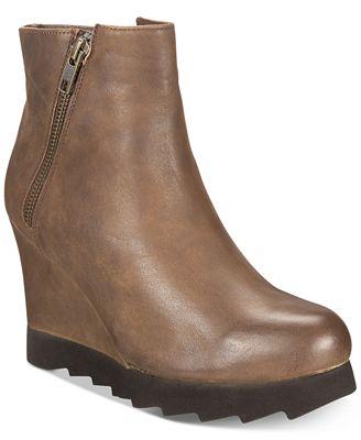 Callisto Kairra Platform Wedge Booties Women's Shoes