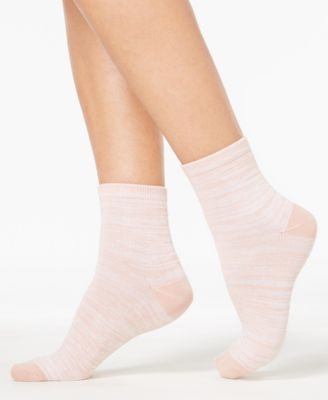 Image of HUE® Women's Super-Soft Cropped Socks