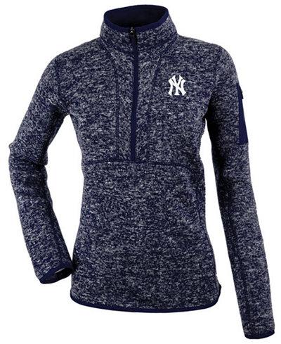 Antigua Women's New York Yankees Fortune Pullover
