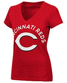 G-III Sports Women's Cincinnati Reds Classic Logo V-Neck T-Shirt