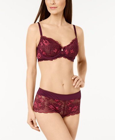 Wacoal Fire and Lace Floral-Lace Bra & Boyshort
