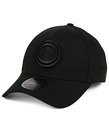 New Era Detroit Pistons Blackout 39THIRTY Cap