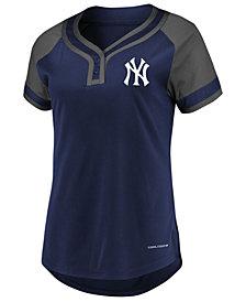 Majestic Women's New York Yankees League Diva T-Shirt