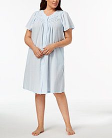 Miss Elaine Plus Size Woven Embroidered Robe