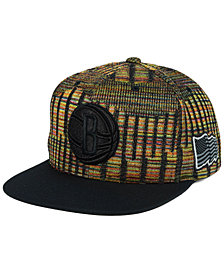 Mitchell & Ness Brooklyn Nets Black Flag Snapback Cap