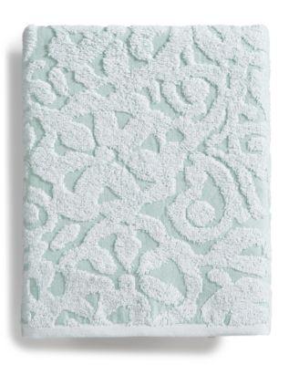 Sculpted Cotton Bath Towel