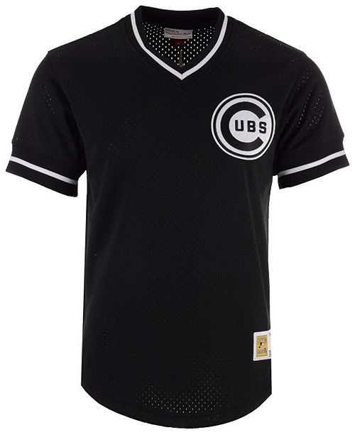 check out 60ee0 50d91 Mitchell & Ness Men's Chicago Cubs Mesh V-Neck Jersey ...