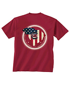 New World Graphics Men's South Carolina Gamecocks Flag Fill T-Shirt
