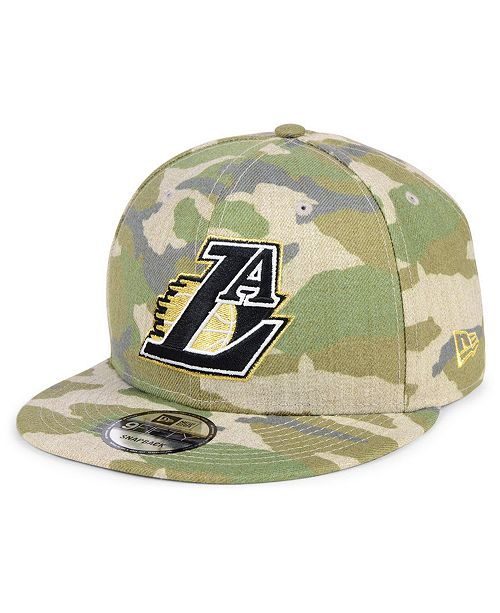 first rate d62e2 3f2c8 ... Los Angeles Lakers Combo Camo 9FIFTY Snapback Cap ...