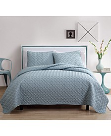 Nina 3-Pc. Full/Queen Embossed Quilt Set