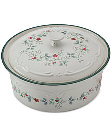 Pfaltzgraff Winterberry Covered Casserole