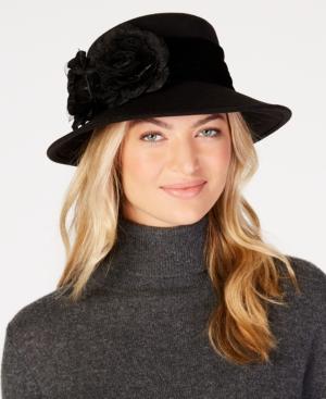 Women's Vintage Hats | Old Fashioned Hats | Retro Hats August Hats Velvet-Flower Felt Wide-Brim Hat $56.00 AT vintagedancer.com