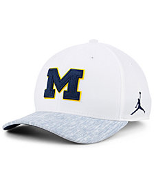 Nike Michigan Wolverines Arobill Swoosh Flex Cap