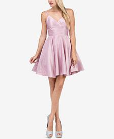 Dancing Queen Juniors' Sweetheart Neckline Fit & Flare Dress