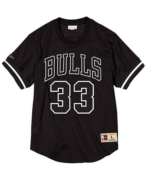 4a4c75fe8 Mitchell   Ness Men s Scottie Pippen Chicago Bulls Black   White Mesh Name  and Number Crew ...