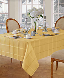 "Elrene Elegance Plaid Gold 60"" X 84"" Oval Tablecloth"