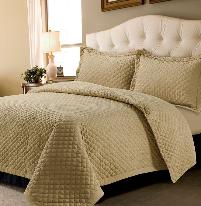 Tribeca Living Brisbane Microfiber Solid Oversized Queen Quilt Set
