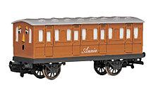 Bachmann Trains Thomas And Friends Annie Coach Ho Scale Train