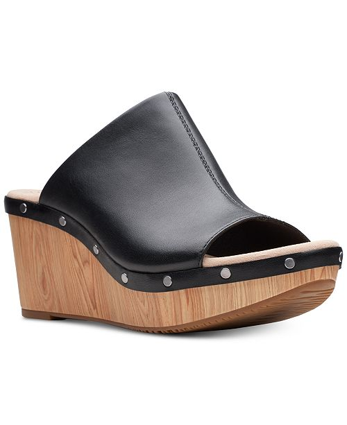 ac31f8bb10f Clarks Collection Women s Annadel Molly Wedge Sandals   Reviews ...