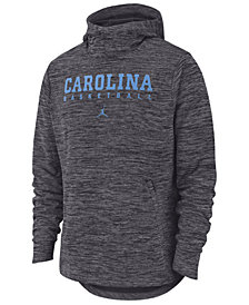 Nike Men's North Carolina Tar Heels Spotlight Pullover Hooded Sweatshirt